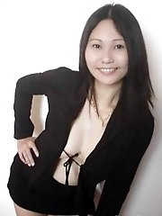 Singaporian Chinese girl trying outdoor nudity